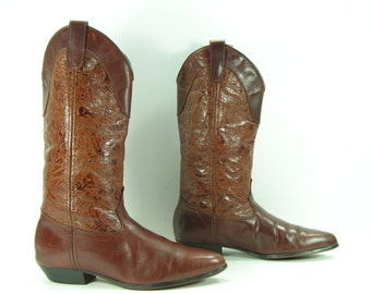 vintage cowboy boots women's 7 M B brown leather cowgirl Laredo low heel