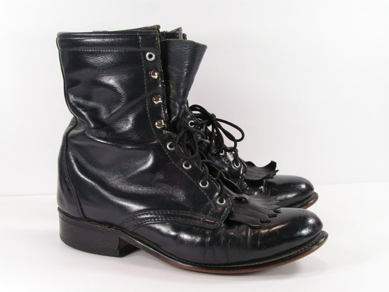 d41fbc87e58d8 vintage ankle cowboy boots womens 7 B M black Laredo western leather ropers  paddock usa