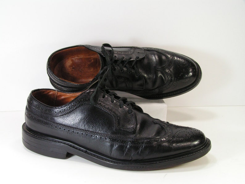 ca08559976ee Vintage wingtip dress shoes mens 10 D C black oxford brogue