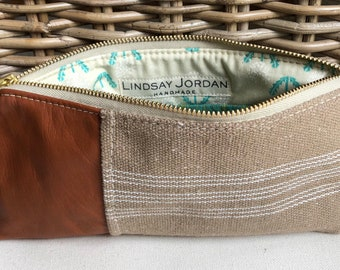 Beige & ivory striped GRAIN-SACK and cognac sheepskin LEATHER wristlet pouch: teal and white dandelion pockets   green woven lining