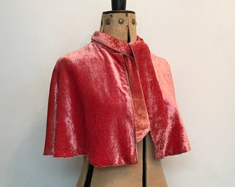 Vintage 1930s dusky pink or salmon velvet shoulder cape / capelet