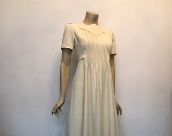 1970s vintage ivory crepe 70s does deco maxi dress -  vogue couturier pattern by Belinda Bellville - wedding