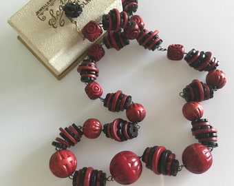 Wooden carved Art Deco c. 1920s to 1930s red and black vintage flower beads on rolled gold wire - Czech