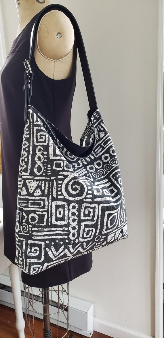 mud cloth handbag African mudcloth hobo tote bag shoulder bag black and ivory handmade 102