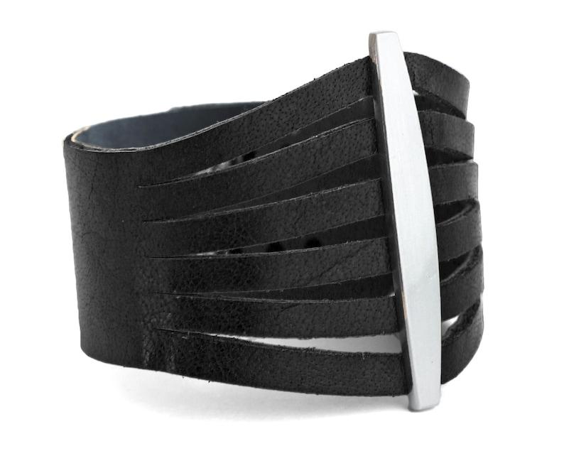 Flare Black Women/'s Leather Cuff Bracelet