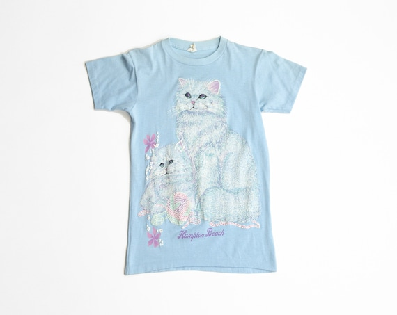 baby blue kitten tee | 80s Hampton Beach t-shirt