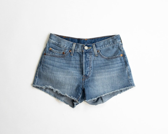 levi's 501s denim cutoff shorts | jeans shorts | high rise | 26 waist
