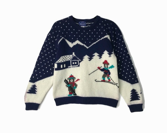 Vintage 90s Ski Slope Teddy Bear Sweater / Vintage Ugly Christmas Sweater / Woolrich Christmas Tacky Sweater - women's medium