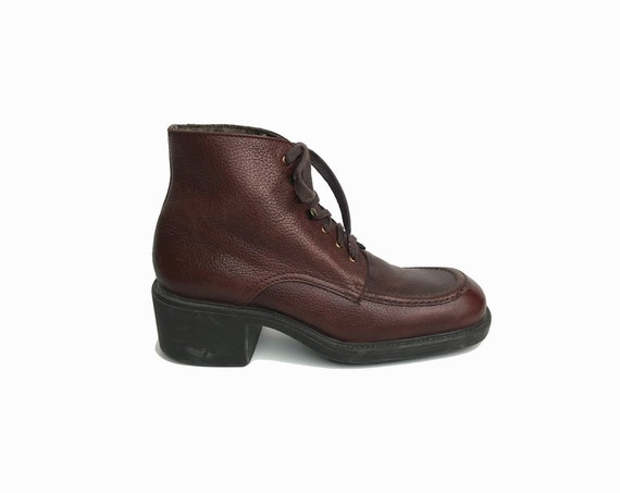 Women's Cognac Brown Pebbled Leather Ankle Boots 6.5 / 90s Nine West Boots / Lace Up Moc Toe Boot - women's 6.5