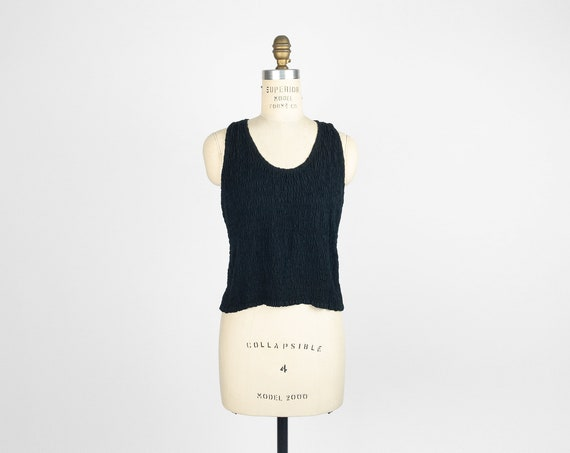 textured black tank top | smocked crop top