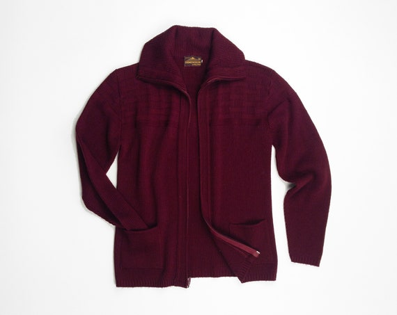 oxblood grandpa cardigan | 1970s men's sweater