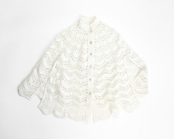 ivory knit poncho | vintage cape