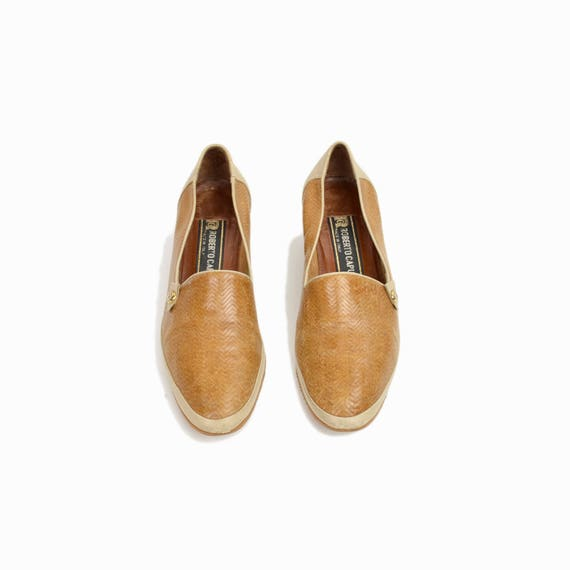 Vintage 80s Two-Tone Leather Smoking Slippers / Slip-On Shoes / Cream & Camel - women's 6