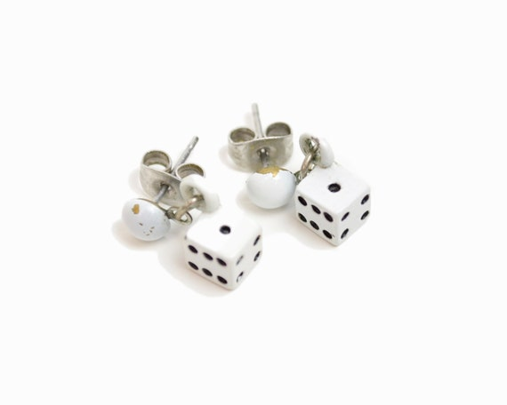 Vintage Tiny Dice Earrings / White Dice / Post Earrings / Snake-Eyes
