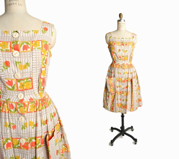 Vintage 1950s Floral Print Dress / 50s German Dress / 50s Day Dress / Orange Floral Dress - women's small