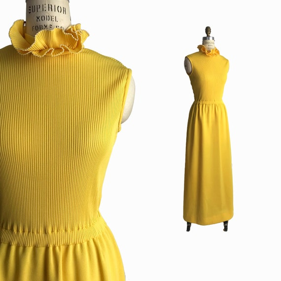 Vintage 1960s Ruffle Neck Maxi Dress in Goldenrod Yellow / High Neck Maxi Dress / 60s/70s Maxi Dress - women's small