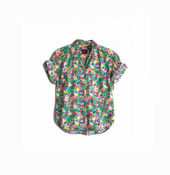 Vintage 90s Floral Print Party Shirt / Floral Short Sleeve Shirt / Colorful Flower Top - women's petite