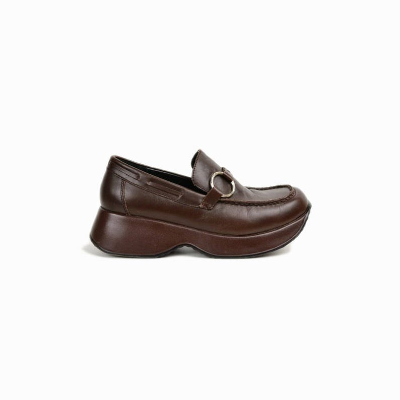 864d8afcc82 Vintage 90s Brown Platform Loafers with Ring Buckles   Brown