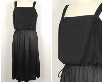 little black disco dress large to XL 70s vintage spaghetti strap jersey knit full skirt pleated bodice