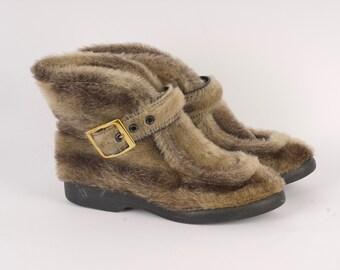 d8d9925ba65 1970s winter boots | Etsy