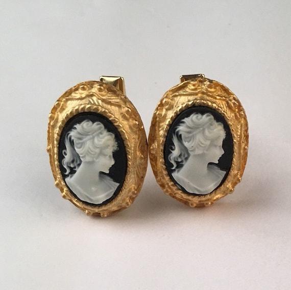 Beautiful Lady cameo large Cufflinks Black Ivory Gold Frame 50s Vintage Cuff Links Groom Wedding