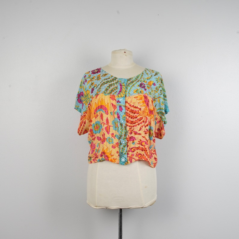 Bright Multicolor short sleeve Blouse 90s vintage floral print button up top medium to XL orange green