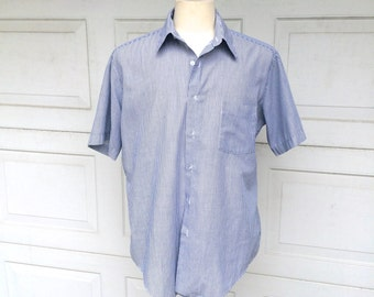 White and Blue 80s Vintage Short Sleeve Shirt Pin Striped Summer Button Up Cotton Oversized Shirt XL 16 neck