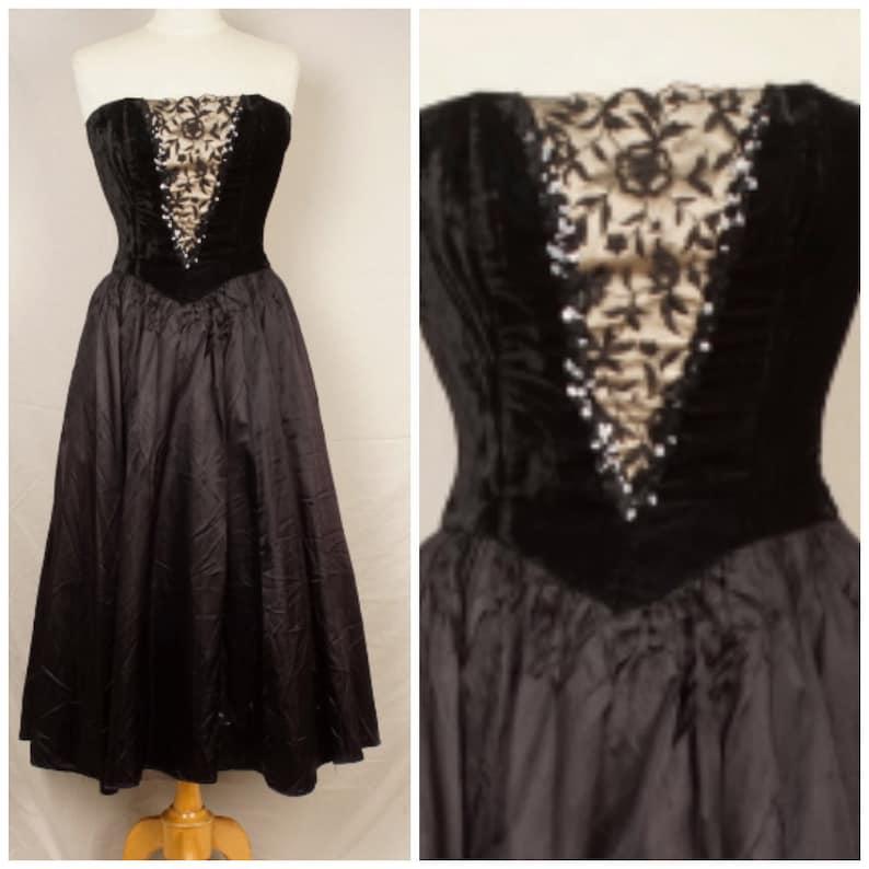 22270cac463 Gunne Sax black velvet and satin 80s Vintage long Prom Dress