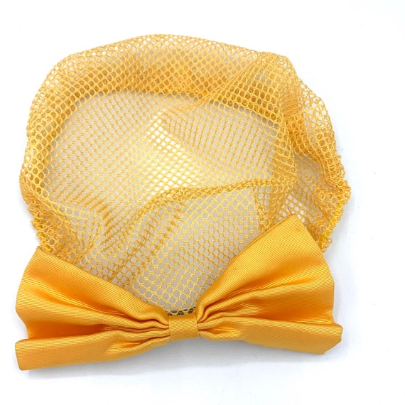 yellow lace snood with clip-on bow 90s does 40s v… - image 3