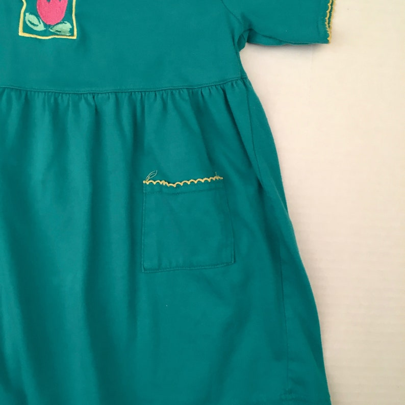 teal blue jersey knit dress 5T 90s vintage Circo girls short-sleeved yellow pink tulip embroidered summer