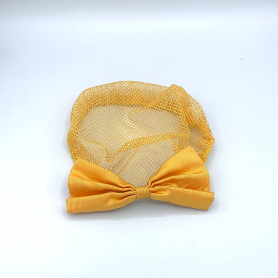 yellow lace snood with clip-on bow 90s does 40s v… - image 1