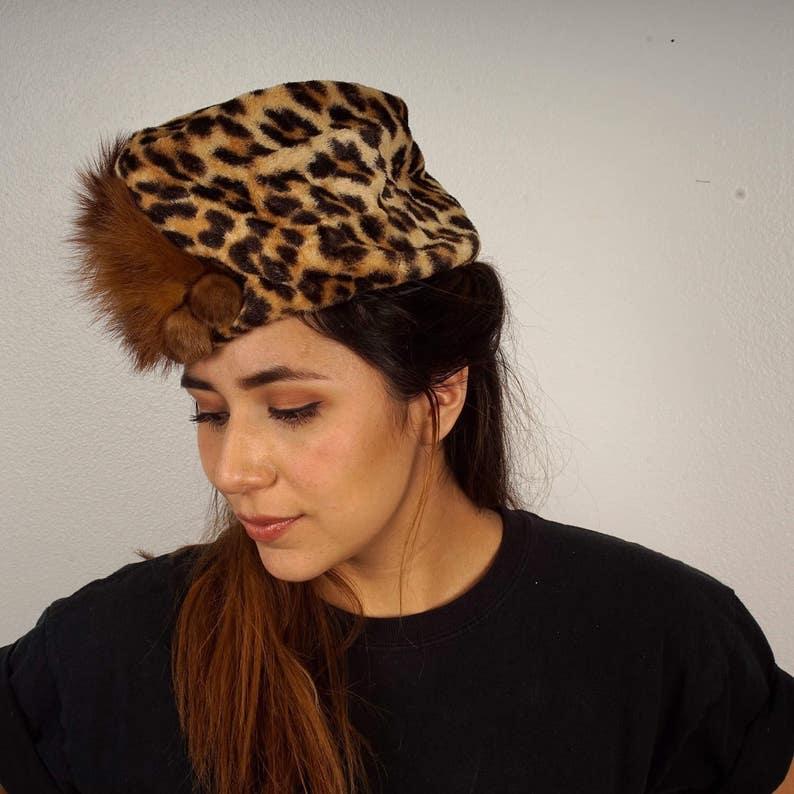 dda06ed70f5b9 40s 50s vintage leopard print turban mink and fox fur trim hat