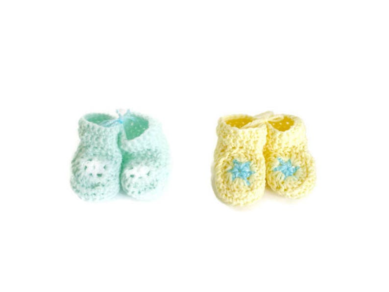 e2187f093644c Mint Green and Yellow Pastel Star Booties Matching Set of 2 Great for  Preemie Twins Little Infant Early Babies Gender Neutral