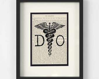 DO over Vintage Medical Book Page Art Print - Doctor of Osteopathy, Osteopathic Doctor Gift, Osteopathy, Doctor of Osteopathic Medicine