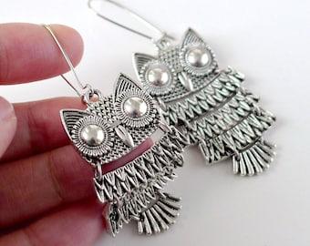 gift Owl Earrings, Silver owl bird dangle earrings, boho chic everyday jewelry, by balance9