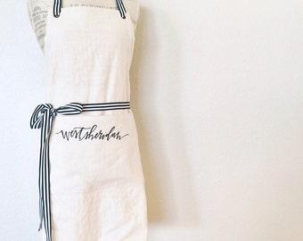 custom FULL apron : vendor aprons, custom embroidery, florist apron, event planner apron, photorapher apron, bakery apron