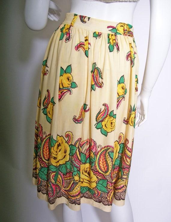 1940s Rayon Jersey Knit Printed Skirt - image 2
