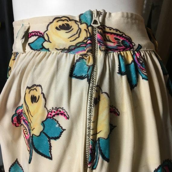 1940s Rayon Jersey Knit Printed Skirt - image 10