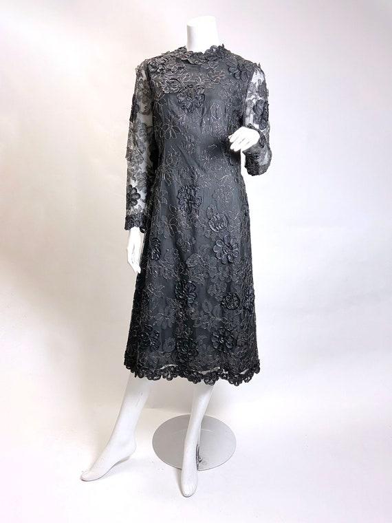 1970s Pauline Trigere 3-D Floral Lace Dress - image 6