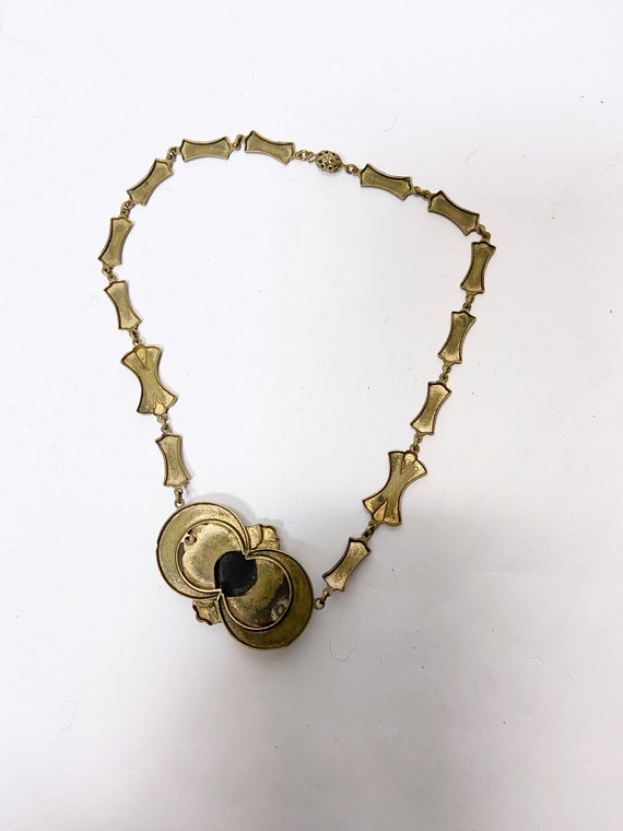 1930s Brass Silhouette Cameo Necklace - image 9