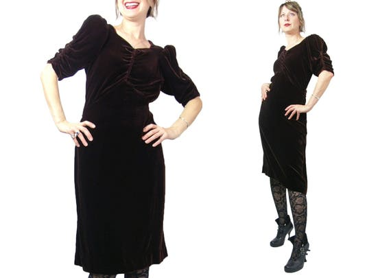 Late 1930s to Early 1940s Brown Velvet Dress With