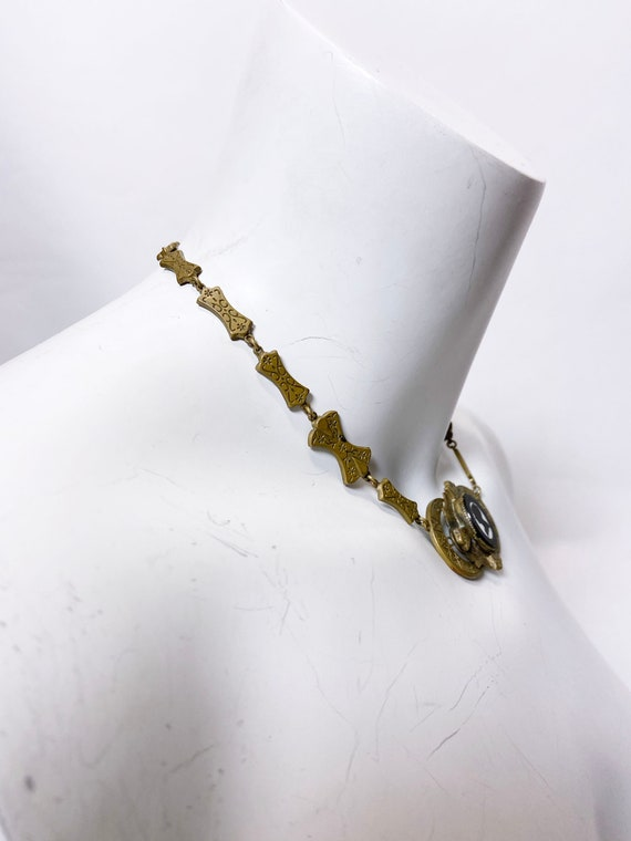 1930s Brass Silhouette Cameo Necklace - image 6