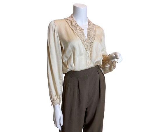 Early 1940s Silk Blouse