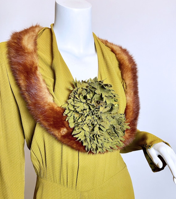 1930s Green Rayon Mink Trimmed Dress - image 10