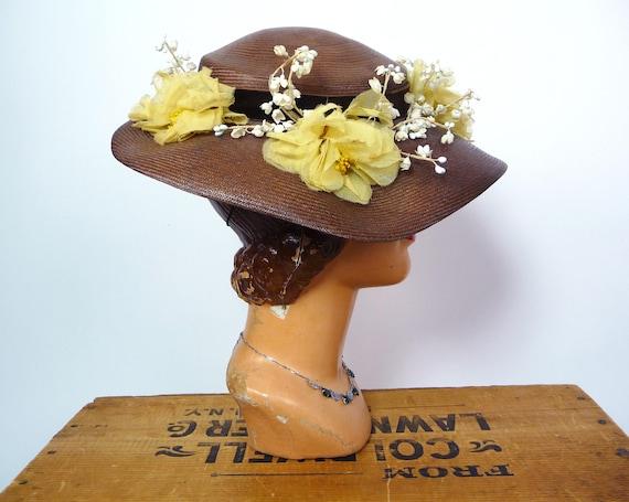 1940s Balibuntal Straw Tilt Hat with Flowers - image 5