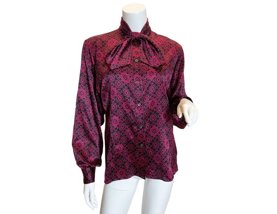 1970s to 80s Gucci Silk Printed Blouse - image 1