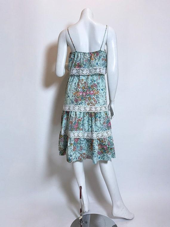 1980s Cotton Floral Print Dress - image 3
