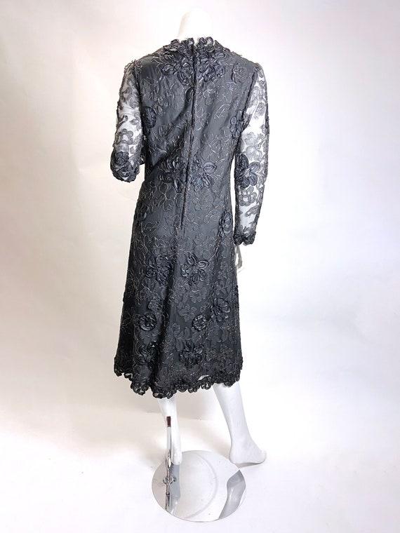 1970s Pauline Trigere 3-D Floral Lace Dress - image 7