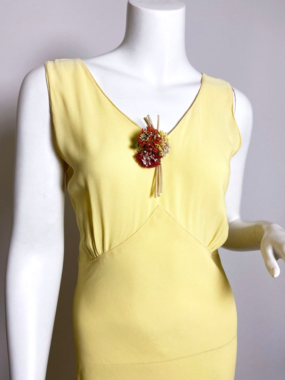 1930s Yellow Floral Rayon Bias Cut Slip Dress - image 4