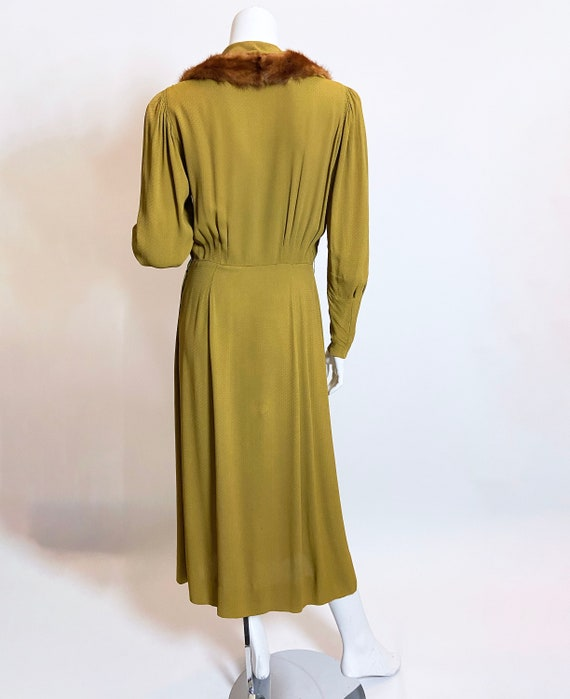 1930s Green Rayon Mink Trimmed Dress - image 3